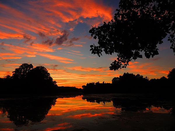 Marlu Lake At Sunset Print by Raymond Salani III