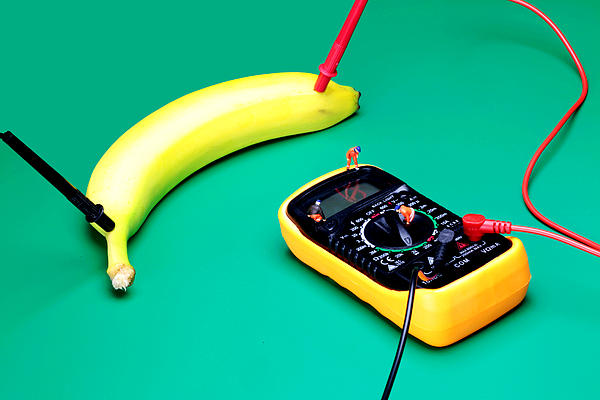 Measuring Resistance Of A Banana Food Physics Print by Paul Ge