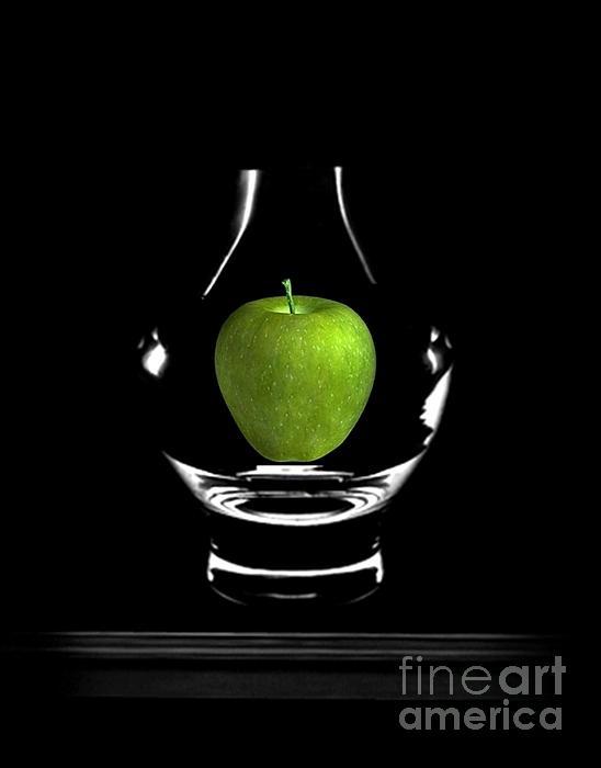 Ivana Ivy Krezic - Memories-The Apple Dance