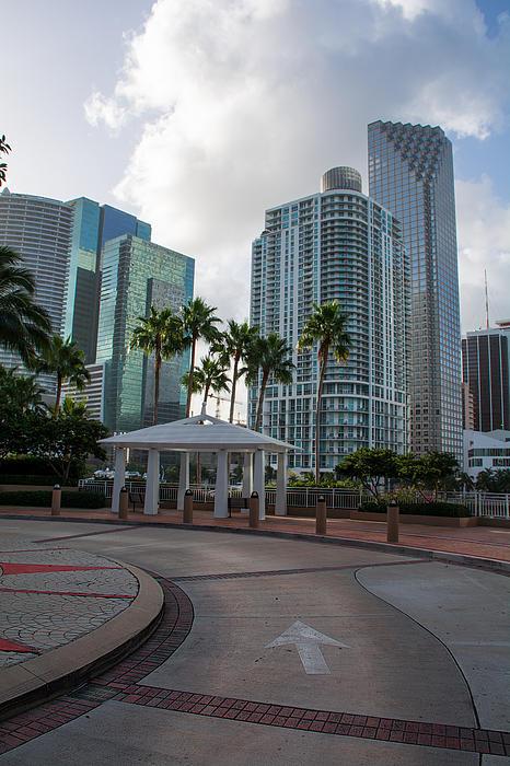 Manuel Lopez - Miami Skyscraper
