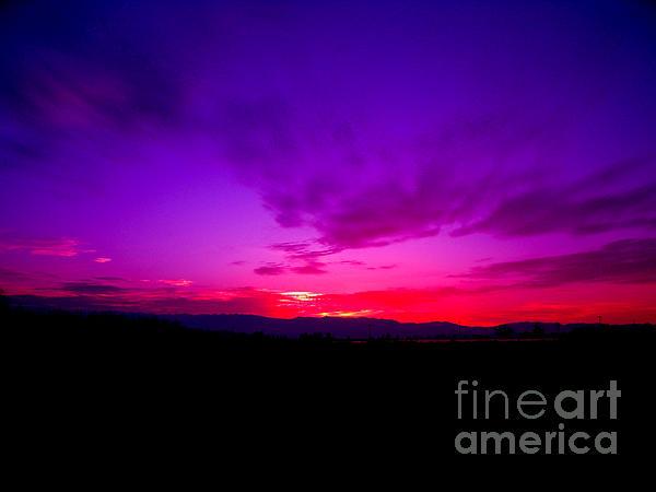 Tambra GrahamLewis - Mid Winter Sunset