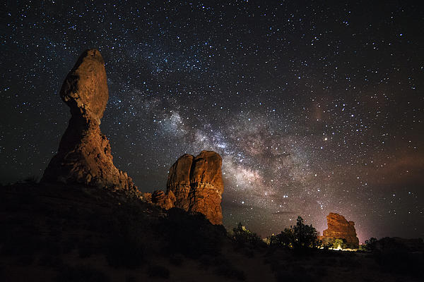 Milky Way Suspension At Balanced Rock Print by Mike Berenson