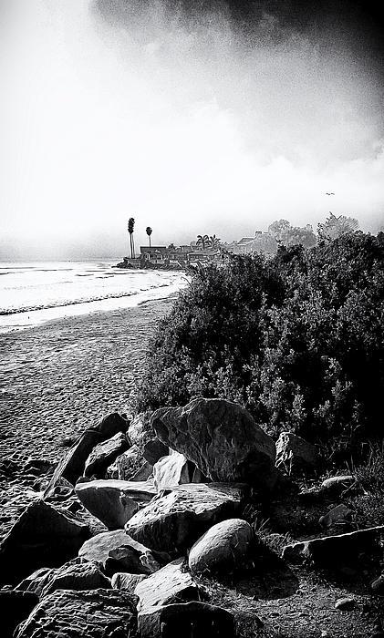 Mondos Shoreline Print by Ron Regalado