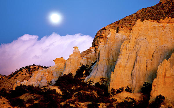 Ed  Riche - Moonrise over the Kaiparowits Plateau Utah