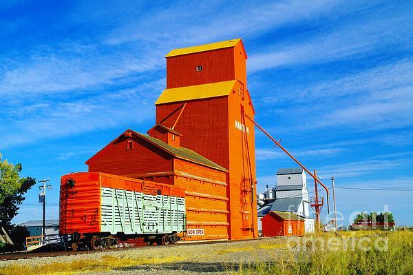 Nanton Grain Elevators  Print by Jeff  Swan