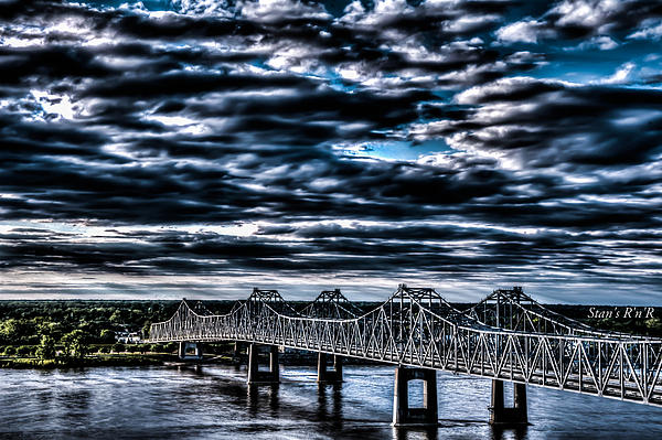 Stan  Smith - Natchez Bridge