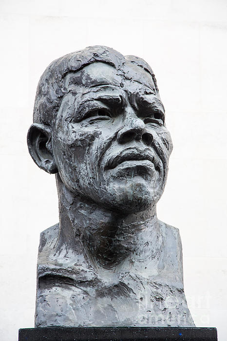 Nelson Mandela Statue Print by Jane Rix