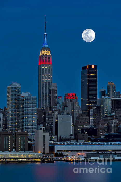 New York City Moonrise Print by Susan Candelario