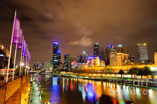 Night View Of The Yarra River And Skyscrapers - Melbourne - Australia Print by David Hill