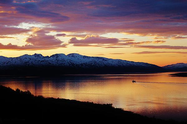 Norwegian Fjordland Sunset Print by David Broome