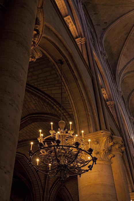 Notre Dame 2 Print by Art Ferrier