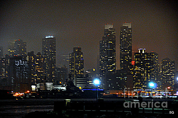 Nyc Skyline Print by Sue Rosen