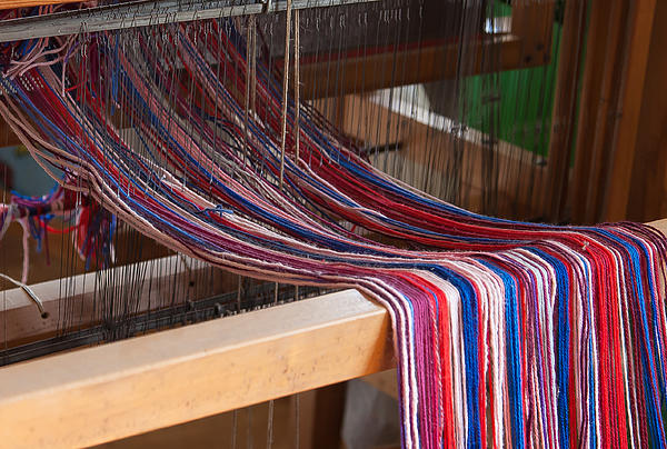 Old Loom For Yarn Print by Salvatore Meli