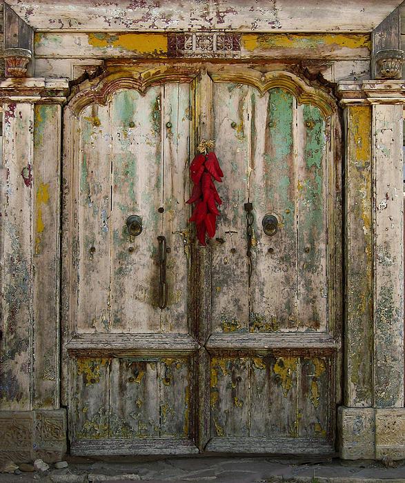 Old Ristra Door Print by Kurt Van Wagner