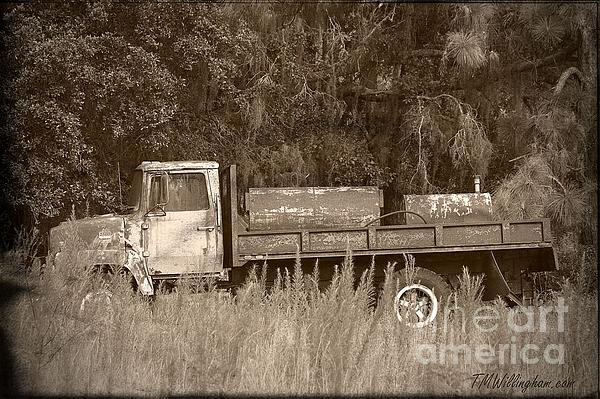 Old Tyme Truck Print by Theresa Willingham