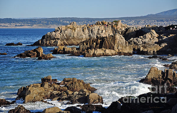 Outcroppings At Monterey Bay Print by Susan Wiedmann