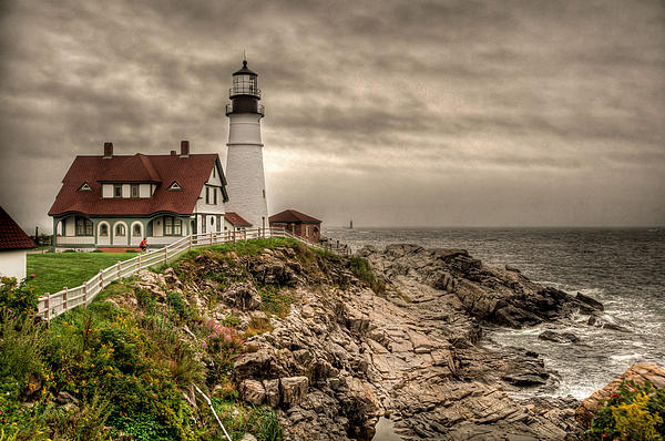 At Lands End Photography - Overcast Day at the Portland Head Light