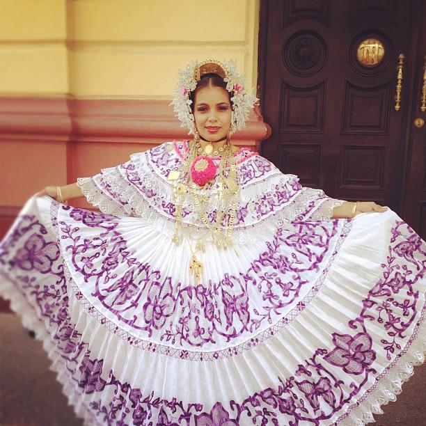 panamanian culture clothing