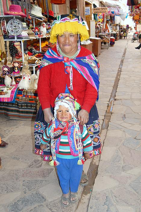 Peruvian Mother And Child Print by Eva Kaufman