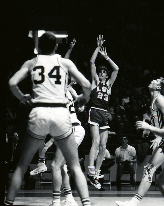 Pete Maravich Shooting Jumper Print by Retro Images Archive