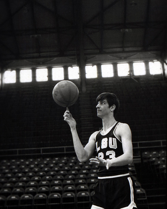 Pete Maravich Spinning Ball On Finger Print by Retro Images Archive