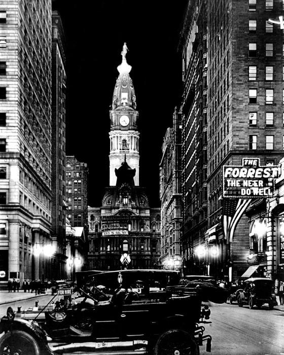Philadelphia City Hall 1916 Print by Benjamin Yeager