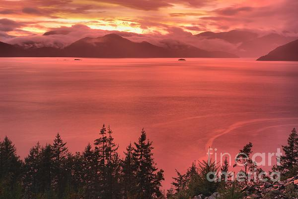 Adam Jewell - Pink Skies Over The Howe Sound