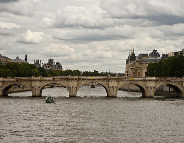 Nomad Art And  Design - Pont de la Concorde