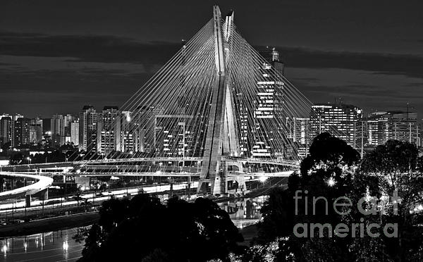 Carlos Alkmin - Sao Paulo - Ponte Octavio Frias de Oliveira by Night in Black and White