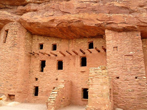 Pueblo Cliff Dwellings Print by Tony Crehan