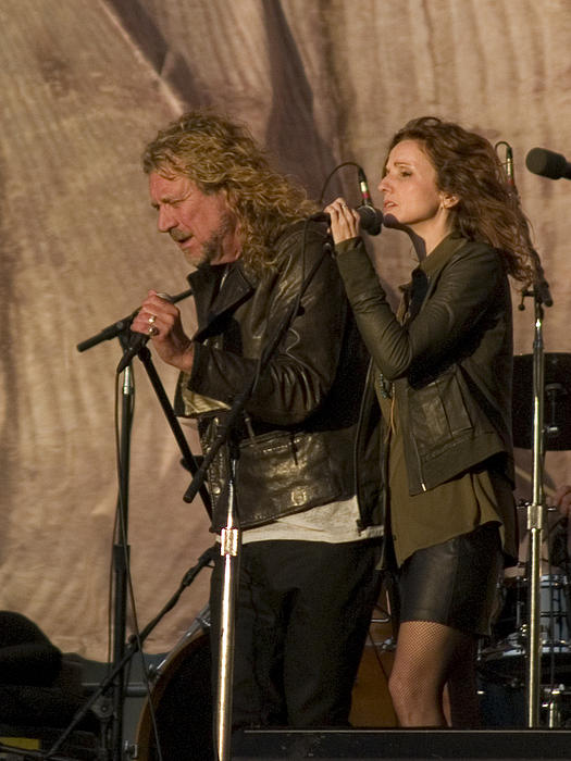 Robert Plant And Patty Griffin Print by Bill Gallagher