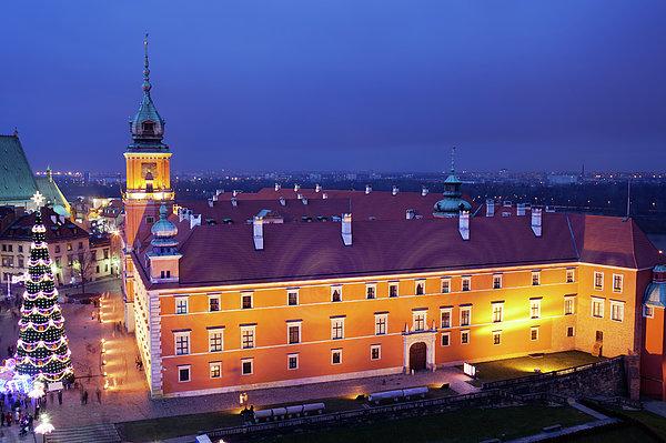 Royal Castle In Warsaw At Night Print by Artur Bogacki