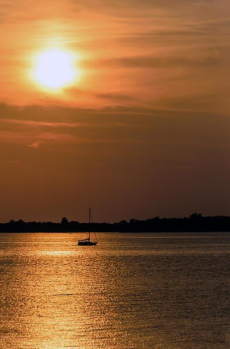 Mark Papke - Sailing by sunset