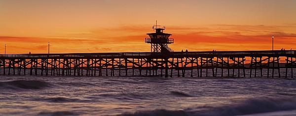 San Clemente Municipal Pier In Sunset Print by Richard Cummins