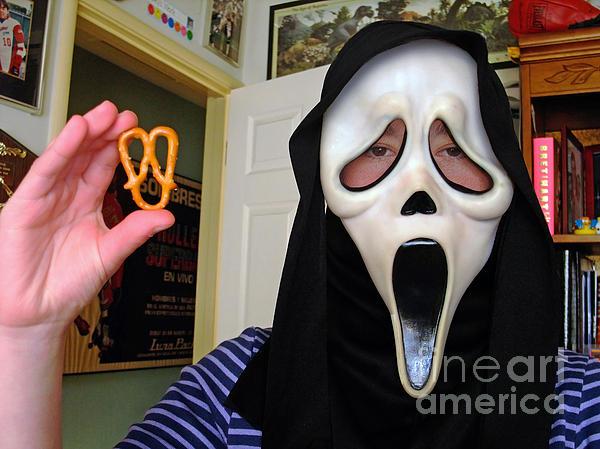 Scream And The Scream Pretzel Print by Jim Fitzpatrick