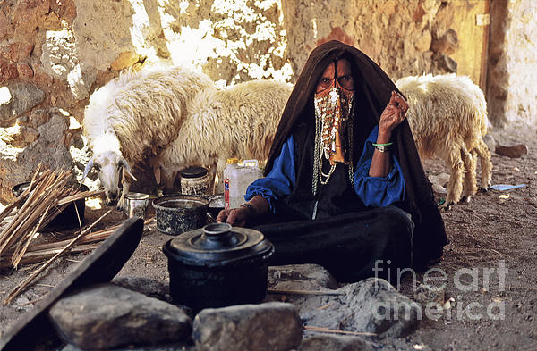 Heiko Koehrer-Wagner - Sinai Bedouin Woman in her Kitchen
