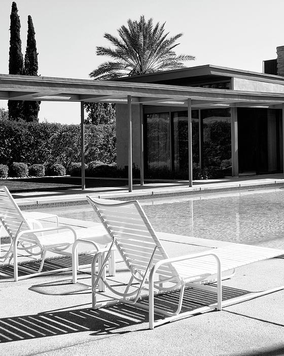 Sinatra Pool Bw Palm Springs Print by William Dey