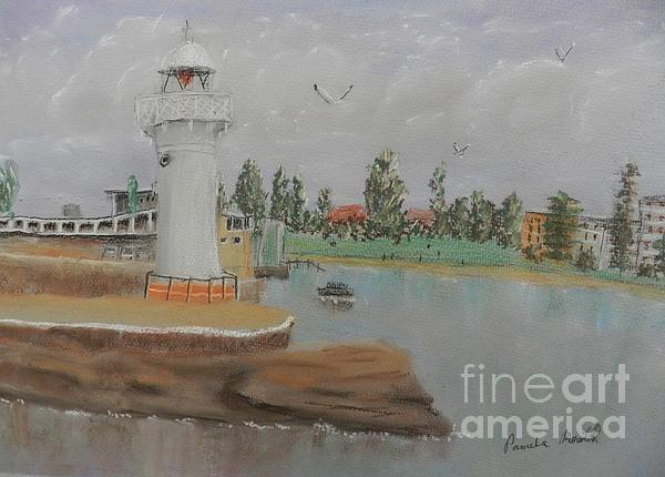 Pamela  Meredith - Small Lighthouse at Wollongong Harbour