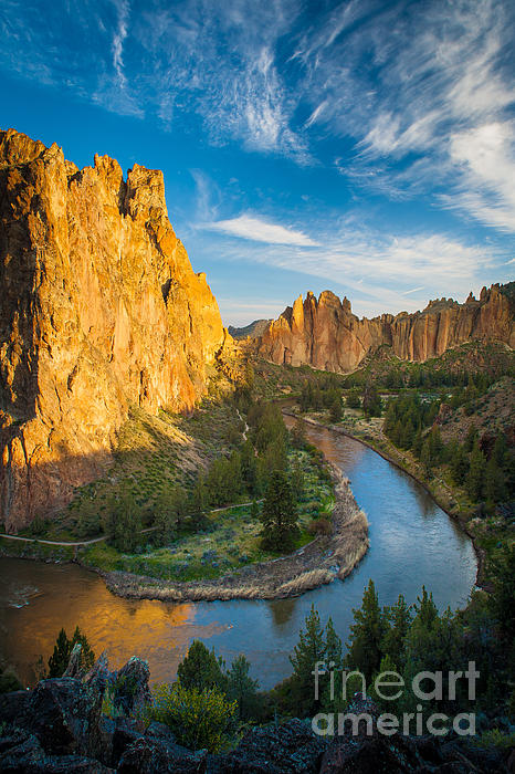 Smith Rock River Bend Print by Inge Johnsson