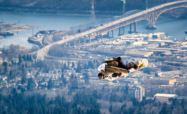 Alexis Birkill - Snowboarding over the City