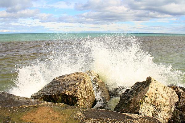 Elizabeth Cernik - Splashing Around