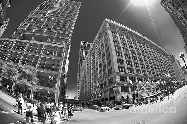 State And Randolph Street At Lunchtime Chicago Il Print by Linda Matlow