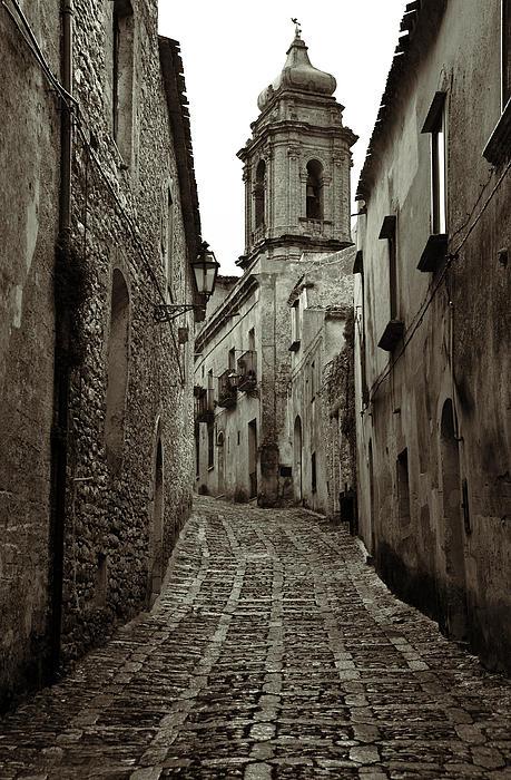 RicardMN Photography - Street of Erice