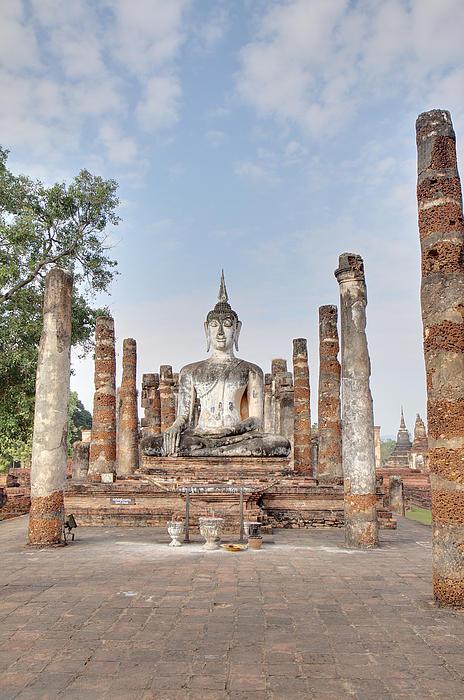 Sukhothai Historical Park - Sukhothai Thailand - 011331 Print by DC Photographer
