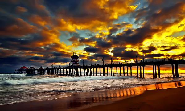 Sunset At Huntington Beach Pier Print by Peter Dang
