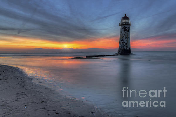 Ian Mitchell - Sunset at the Lighthouse v3