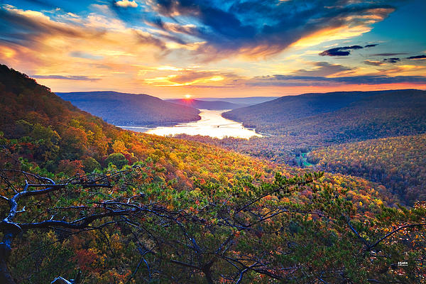 Sunset Over Mullins Cove Print by Steven Llorca