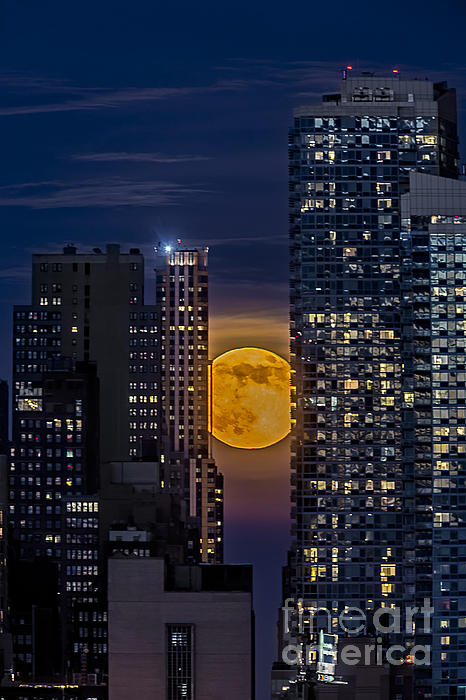 Super Moon Rises Over The Big Apple Print by Susan Candelario