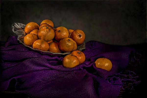 Tangerines In A Shell Platter Print by Leah McDaniel