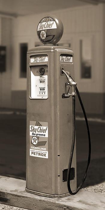 Texaco Skychief - Tokheim Gas Pump 2 Print by Mike McGlothlen